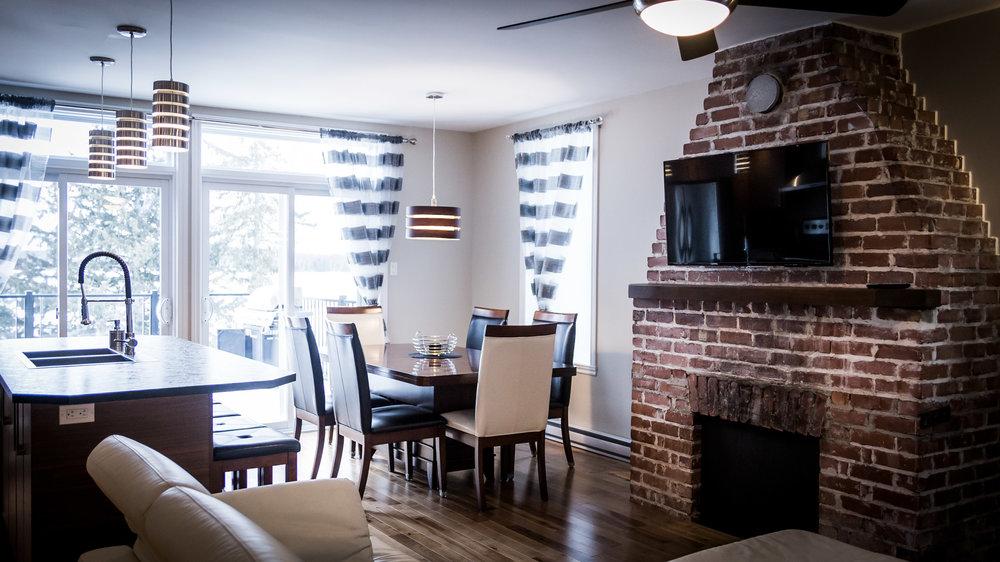 upstairs-kitchen2.jpg