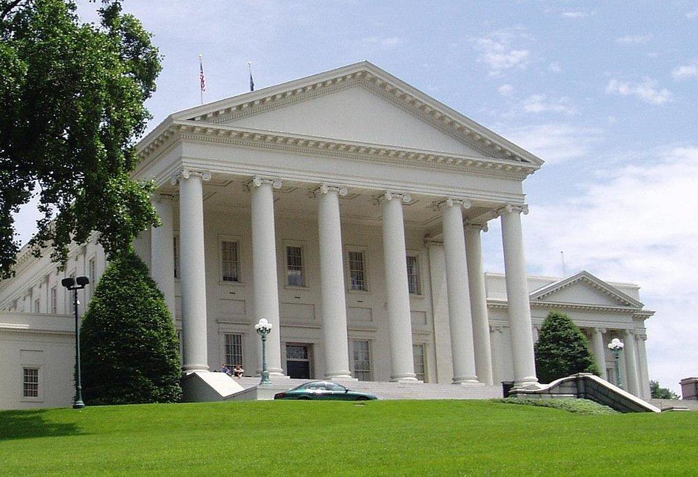 1024px-Va_State_Capitol.jpg