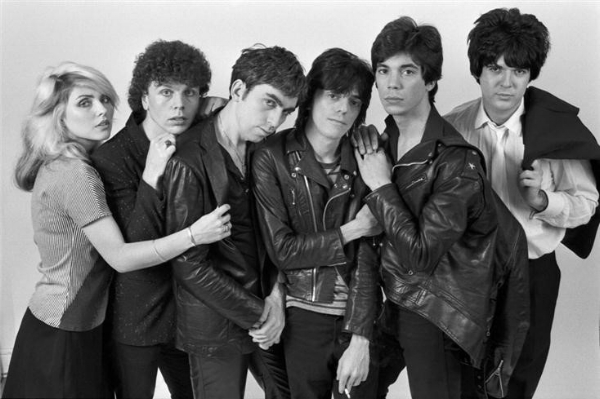 Debbie Harry, Nigel Harrison, Chris Stein, Frank Infante, Jimmy Destri, and Clem Burke