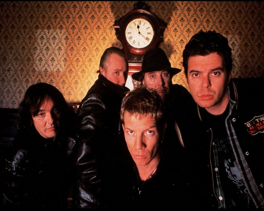 The new line-up, Clockwise from left: Dave Greenfield, John Ellis, Jet Black, JJ Burnel, & Paul Roberts