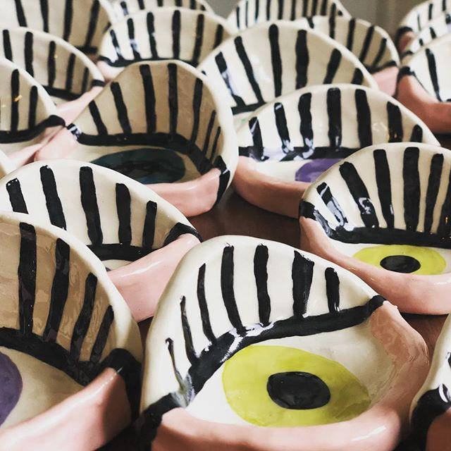 Love seeing all these ring dishes together! They sometimes look like a little, many-eyed monster 👀😱😳 . . . . . . . #todaylooksbeautiful #localartist #theeyeshaveit #ceramics #ceramicsculpture #handmadecrafts #eyelashgoals #portlandia #portlandoregon #portlandartist