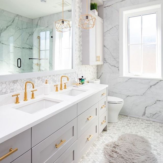 Beautiful Master Ensuite design details in a unique custom home in Vancouver.  Photo: @ishot.ca  Built By: @asanti.homes  Interior Design: @studioten_interiordesign  Interior Styling: Rucku Cheema