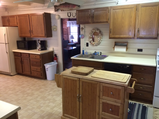 North cottage kitchen