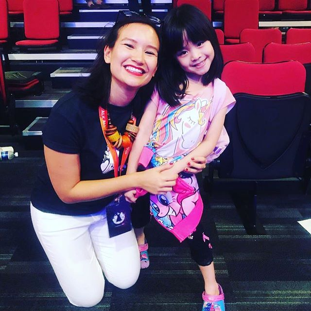 Meet our youngest @startupweekendsingapore cheerleader Valerie. She sat through all the Sunday pitches, loves 🦄 unicorns and baby shark. Naturally she got excited when @aimamarit put on his dancing shoes. #dancebabyaim #unicornsforever #futurehustler