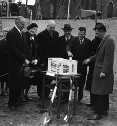Groundbreaking Ceremony, December 9, 1961   Photo: Yale University