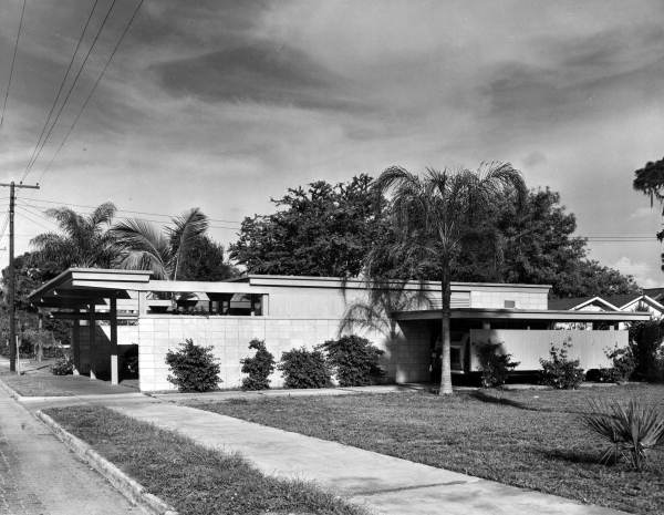 Steinmetz Studio, 1947