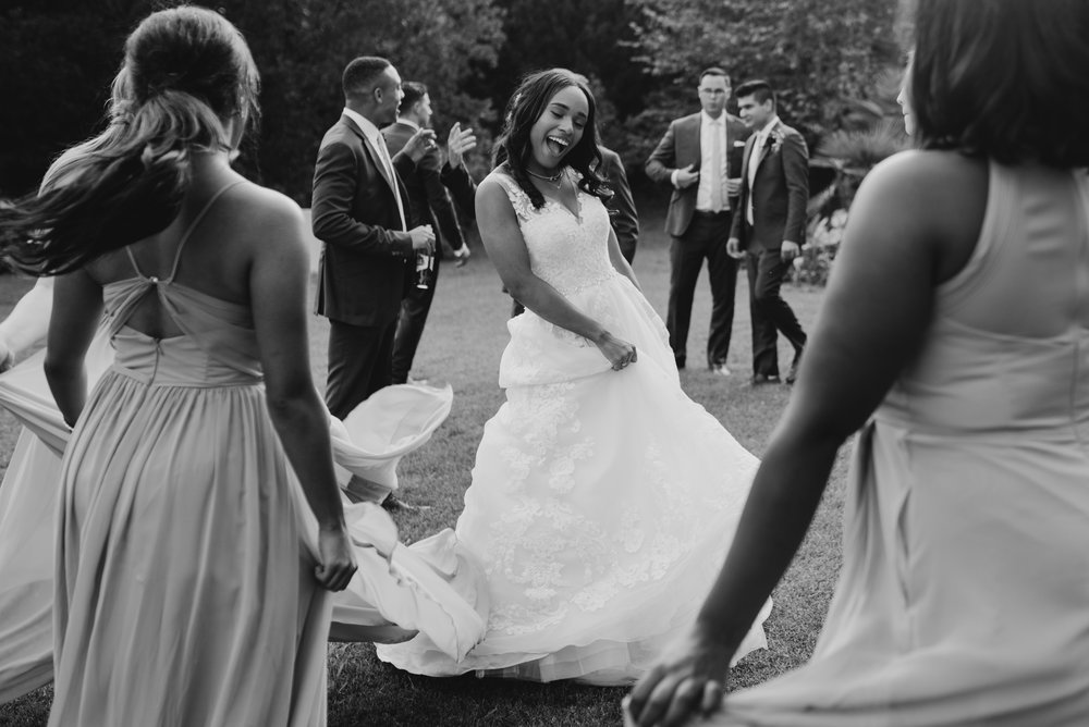 ashley-jarrod-johnson-atlanta-georgia-destination-wedding-photography-fox-and-film-the-mill-at-yellow-river-693.jpg