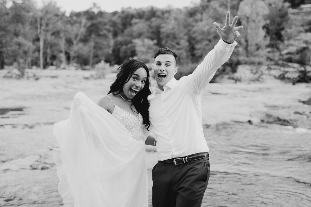 ashley-jarrod-johnson-atlanta-georgia-destination-wedding-photography-fox-and-film-the-mill-at-yellow-river-822.jpg