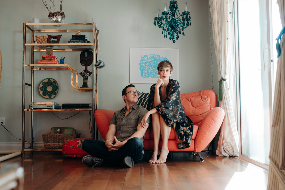 carissa-spencer-mid-century-editorial-in-home-couple-session-orlando-florida-45.jpg
