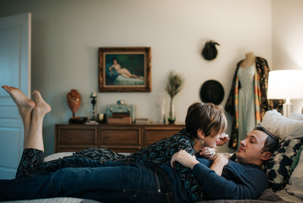 carissa-spencer-mid-century-editorial-in-home-couple-session-orlando-florida-319.jpg