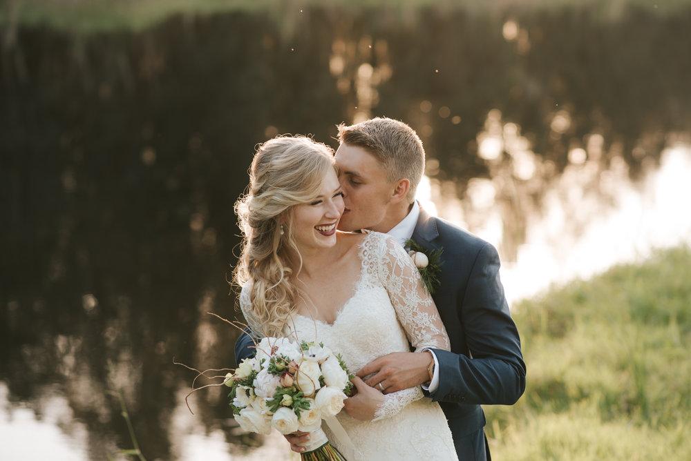 micayla-greyson-neumann-vero-beach-lake-house-winter-white-wedding-photography-776.jpg