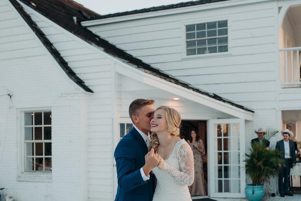 micayla-greyson-neumann-vero-beach-lake-house-winter-white-wedding-photography-897.jpg