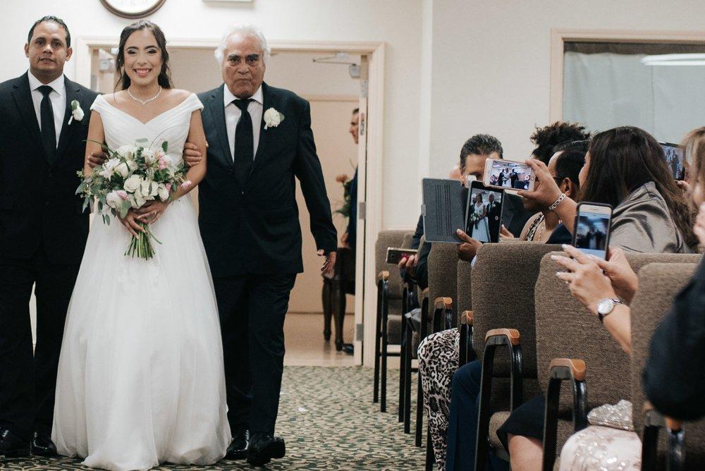 orlando-wedding-photography-fox-and-film-caroline-joel-espinoza-winter-park-famers-market-116.jpg