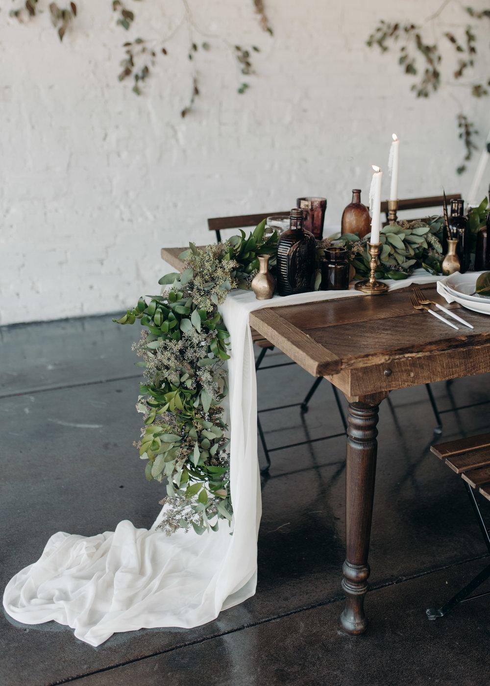 haus-820-lakeland-florida-styled-bridal-shoot-french-minimalism-orlando-wedding-photography-fox-and-film-91.jpg