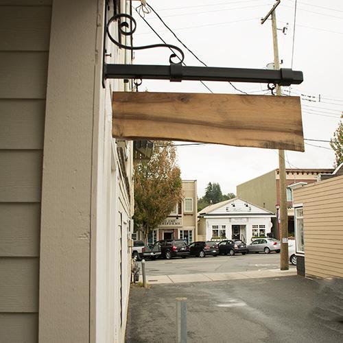 Repose-door2-500.jpg