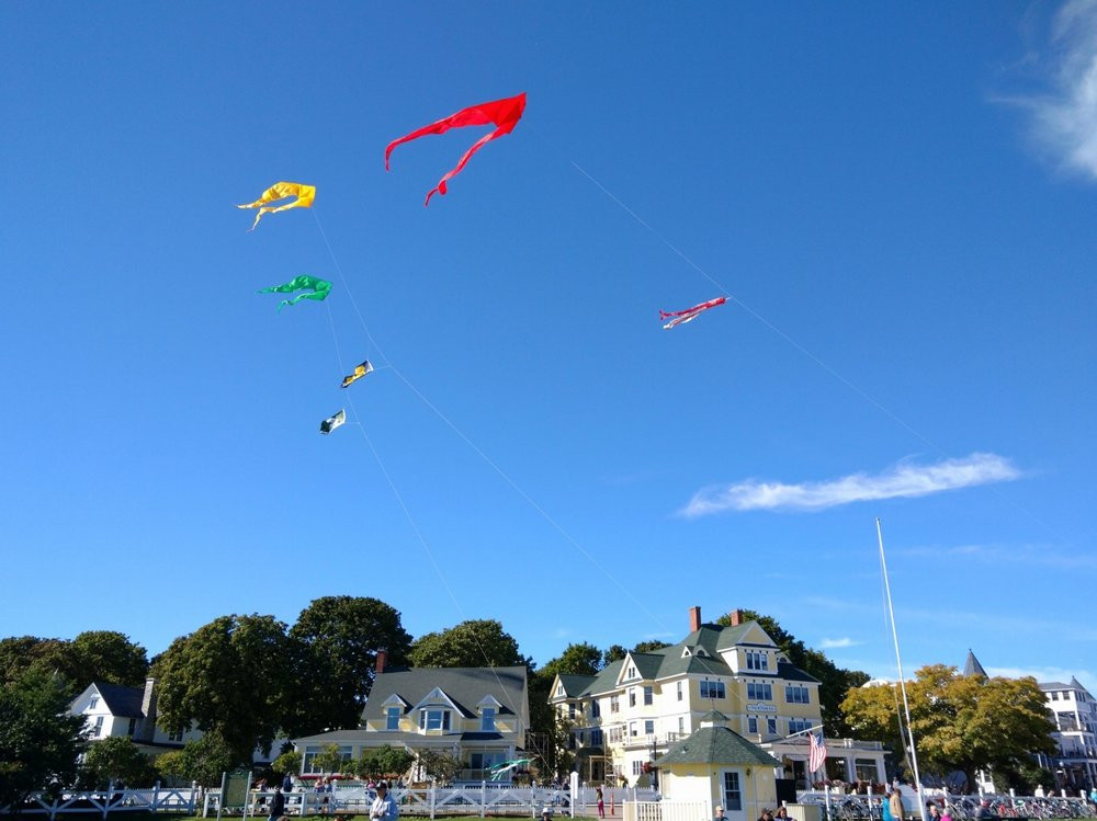 DAILY KITE SHOW       - @ Windermere PointJoin the Great Turtle Toys staff each day at Windermere Point for a kite show (weather permitting)! You can just watch the kites or join in the fun yourself. Whether you're a novice just trying to get your kite off the ground for the first time or an expert flyer ready to show off and learn a few new tricks - come play with us!