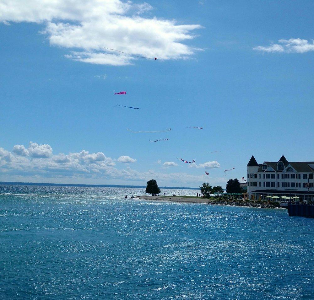 kites from water.jpg