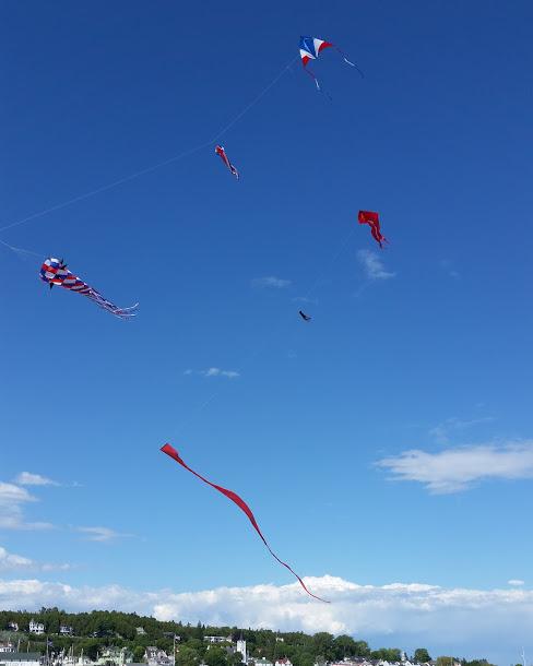 RED-WHITE-BLUE-Kites.jpg