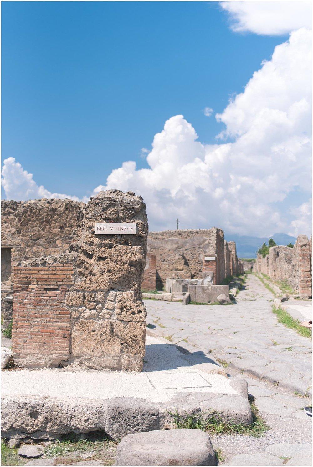 denise-van-italy-pompeii-naples_0016.jpg