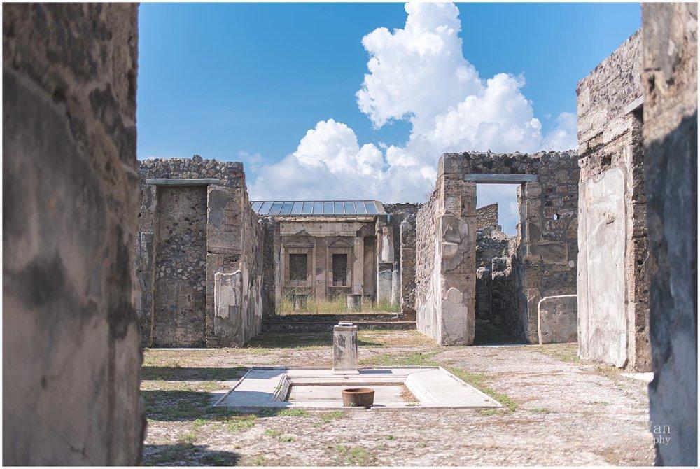 denise-van-italy-pompeii-naples_0028.jpg