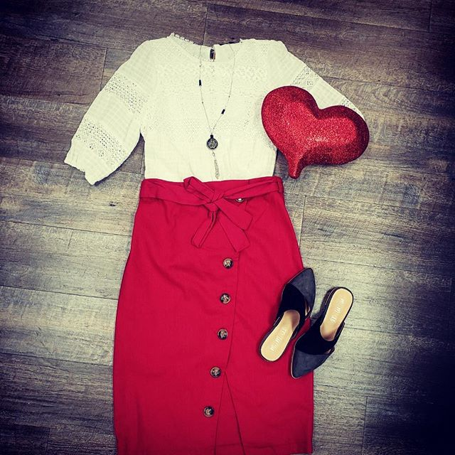 Love is in the air!  Come in for your perfect Vantine's Day outfit today!  We are loving this skirt and you will too!  #boutiquestyle #valentinespecial #shopping #skirtlove #mondaymonday #shoppingtherapy #happymondays