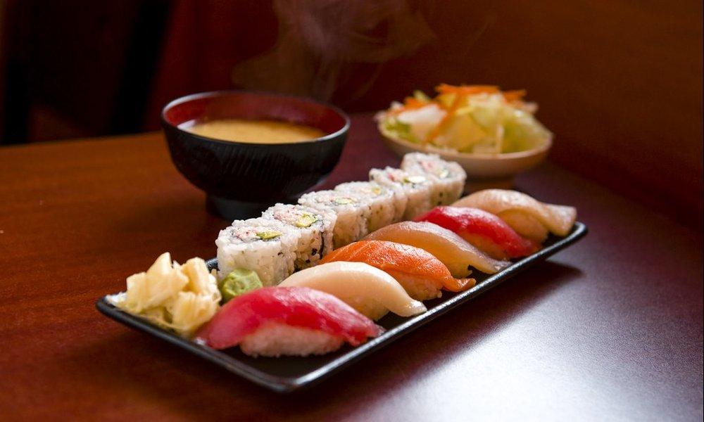 sushi-delight-food.jpeg