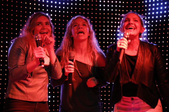 3-girls-singing.jpg