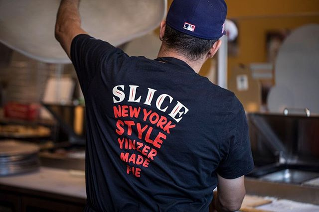 Trust us, we're professionals 😎 🍕 #sliceonbroadway #beechview #carnegie #pncpark #shadyside #pittsburghpizza #pgh #pittsburghfoodie #local #dailypizza #pizza #instapizza #eatpizza #pizzaporn #instafood #foodie #ronicups #pizzalover #pizzagram #eatpgh #pittsburghfood #pizzalover #pizzalife #pizzaislife #pizzageeks #littlepeps #pizzalove #412 #pizzapizza