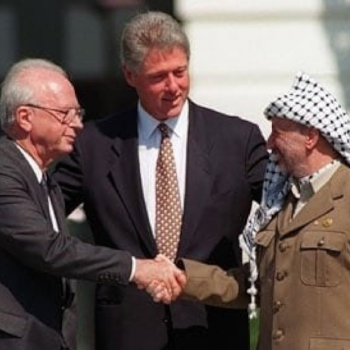 Israeli PM Yitzhak Rabin and PLO President Yasser Arafat signed the Oslo Accords with US President Bill Clinton on September 13, 1993 at the White House