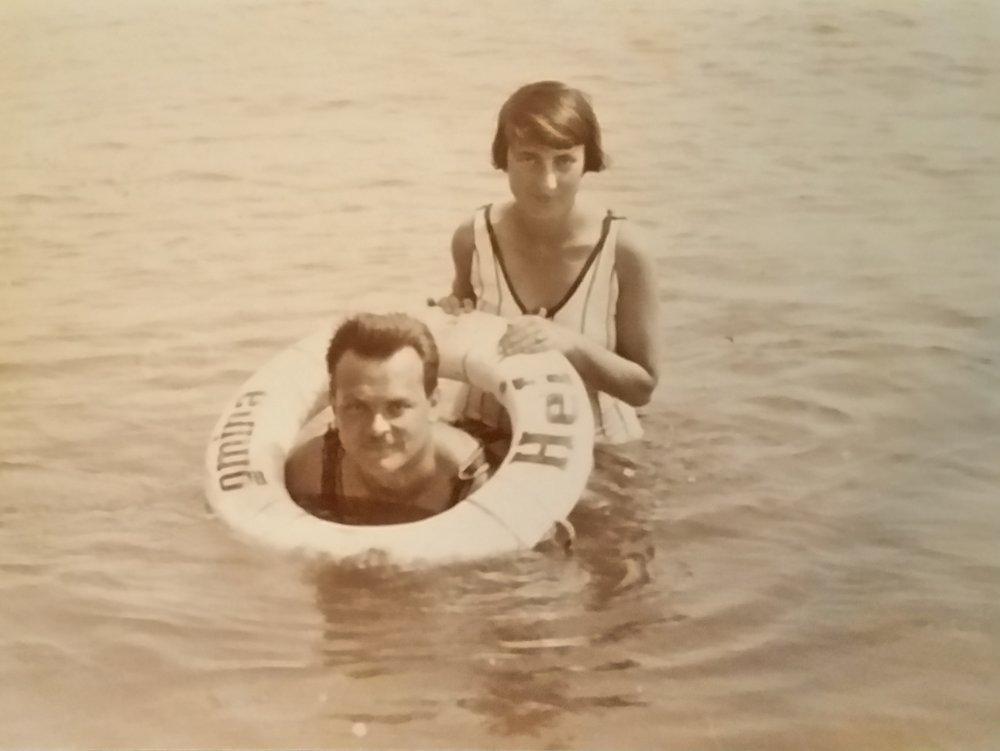 Arthur and Dora Moszkowski on their honeymoon, 1929 in Vienna