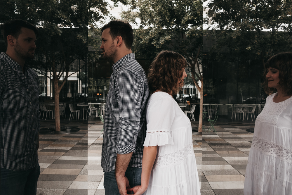 Dallas Engagement Photos by Rosie De La Cruz