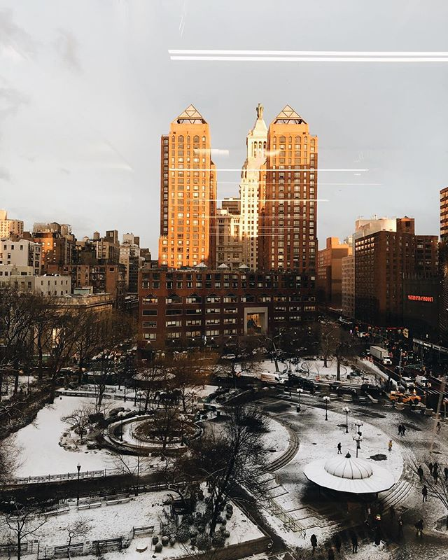view from my desk after the snow squall looks so so pretty, but now it's 9•f // -13•c ~ #nyc