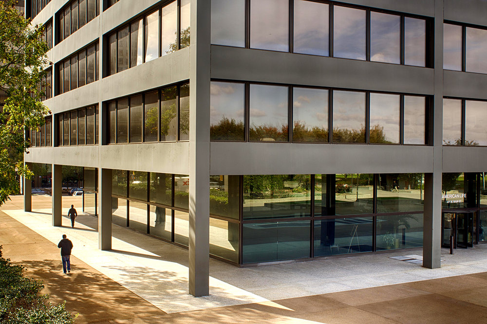 Mies van der Rohe Building and Plaza
