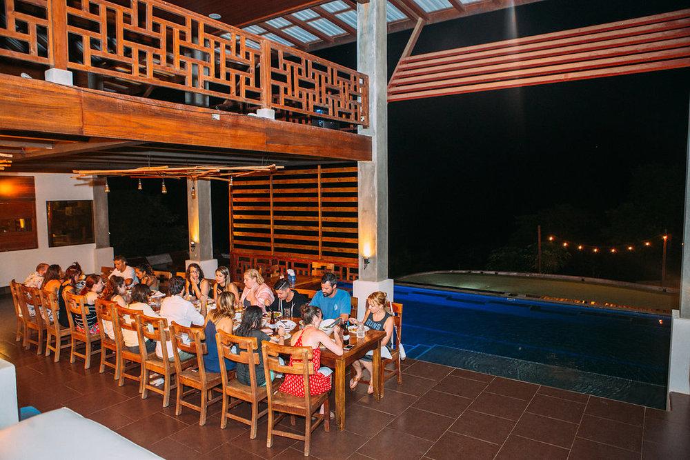 san-juan-del-sur-nicaragua-hulakai-hotel-family-dinner.jpg