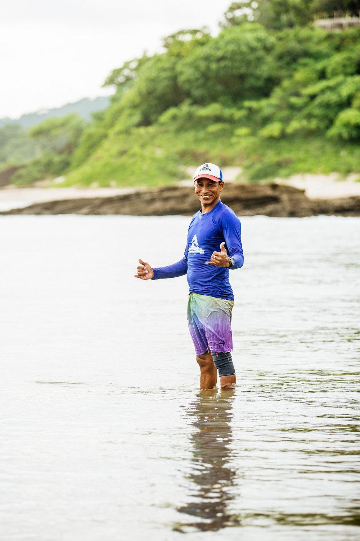 nicaragua-san-juan-del-sur-playa-maderas-surf-instructor.jpg
