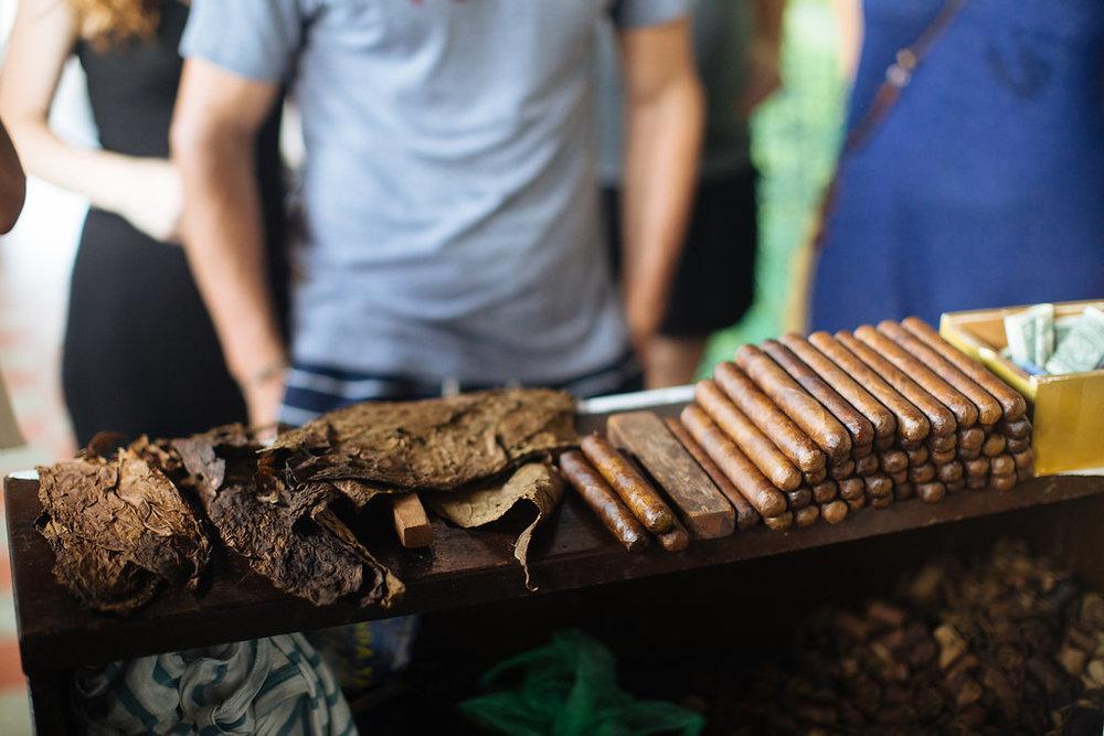 nicaragua-granada-donaelba-cigar-making.jpg