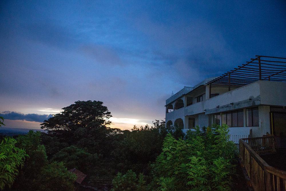 nicaragua-el-camino-travel-tour-apapachoa-sunset.jpg