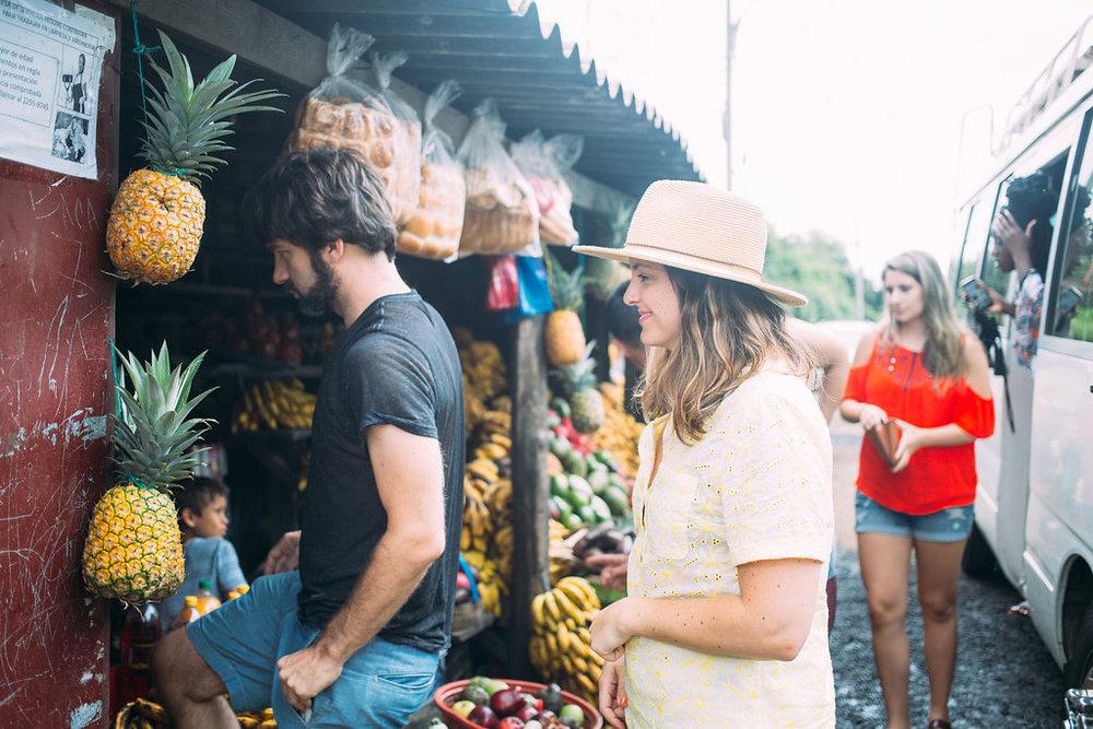 nicaragua-el-camino-travel-tour-fruit-stand.jpg