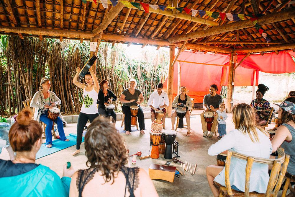 nicaragua-managua-el-camino-travel-tour-apapachoa-drum-circle.jpg