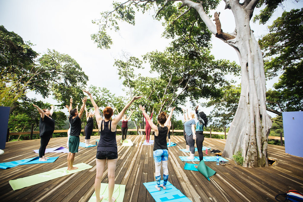 nicaragua-managua-el-camino-travel-tour-el-bajo-yoga-pose.jpg