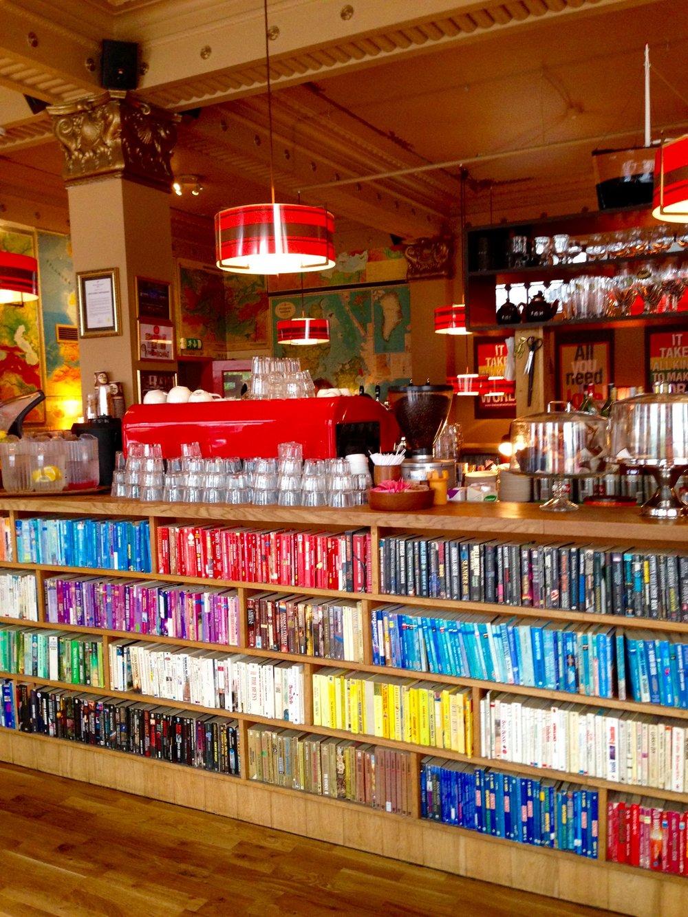 iceland-reykjavik-laundromat-cafe-restaurant.jpg