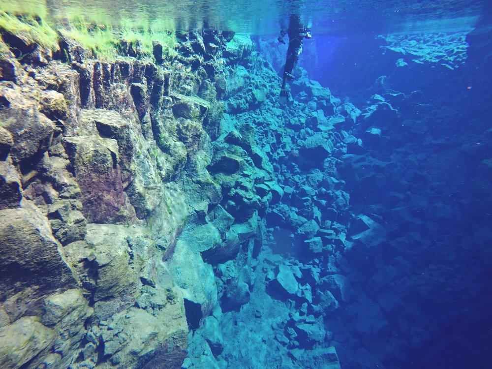 iceland-silfra-fissure-tectonic-plate.jpg
