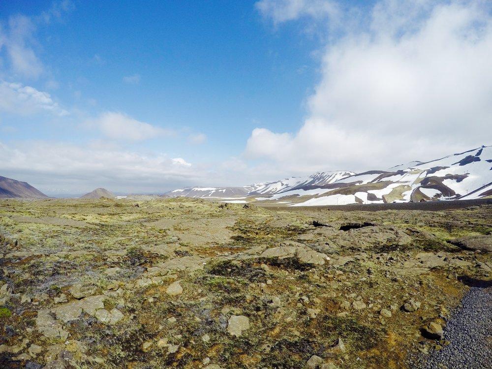 iceland-thrihnukagigur-volcano-hike-summer.jpg