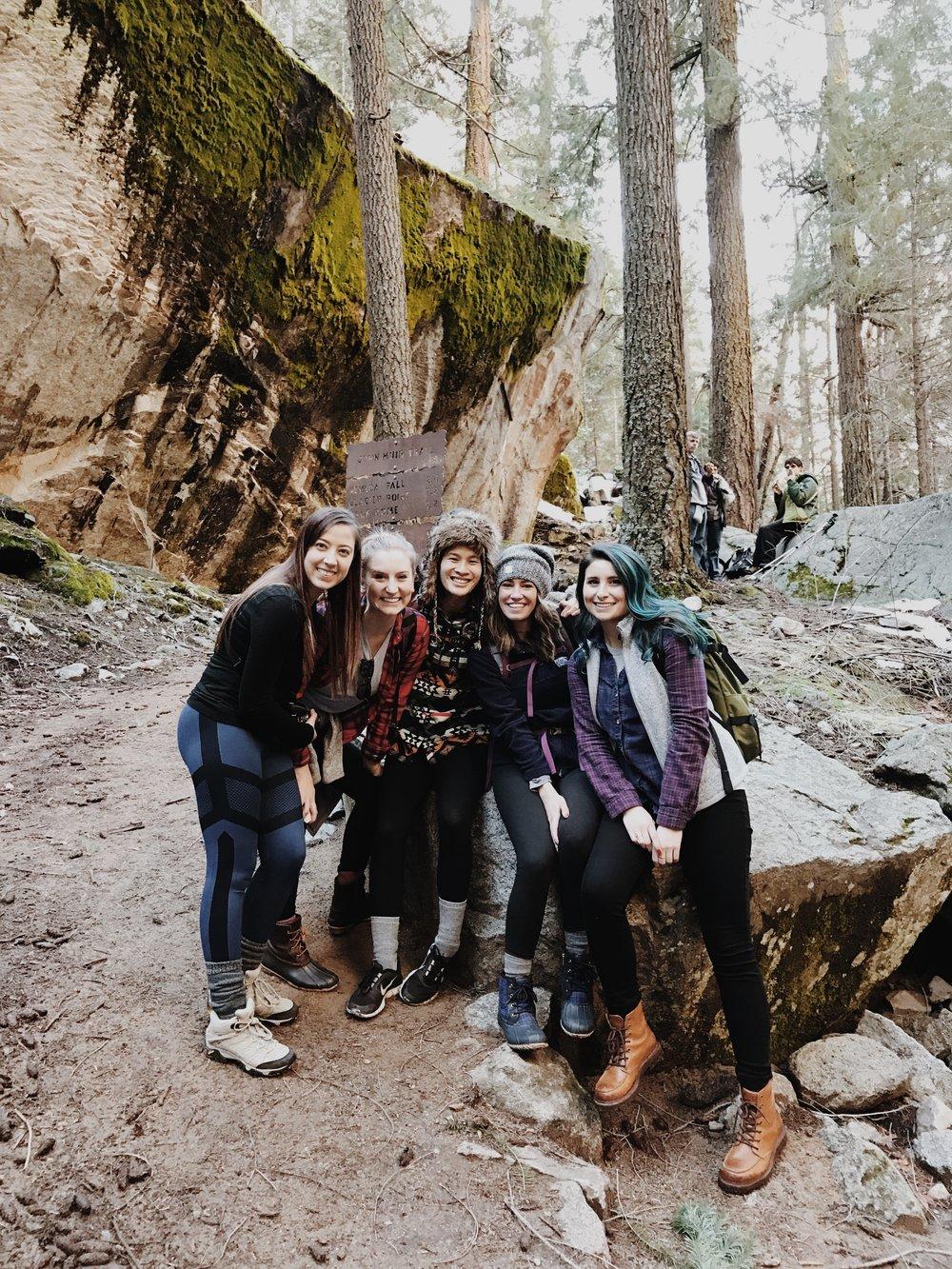 yosemite-national-park-hikers.JPG