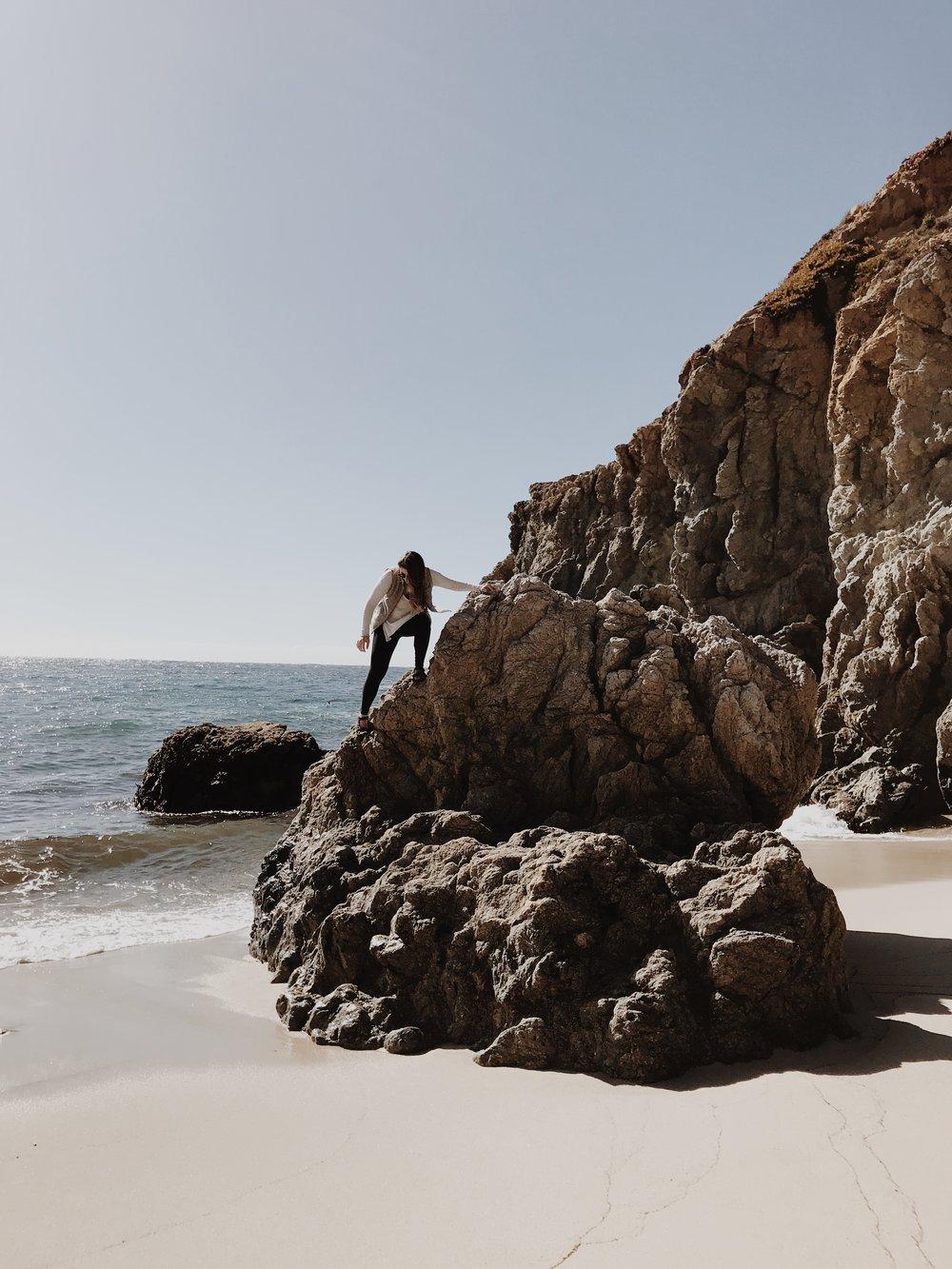 gibson-beach-big-sur.JPG