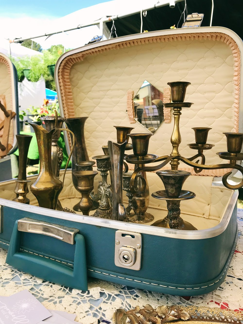vintage market booth display