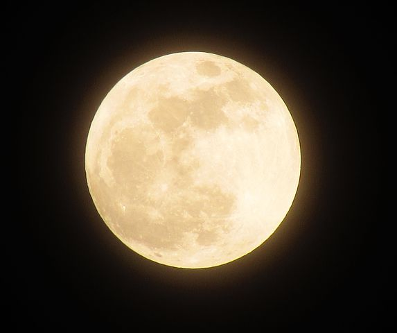 moon-1109746__480.jpg