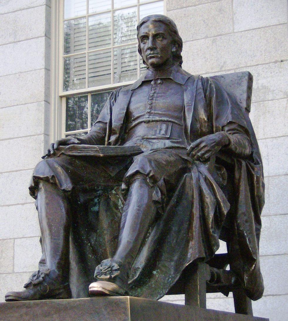 CC_Harvard_Statue.png