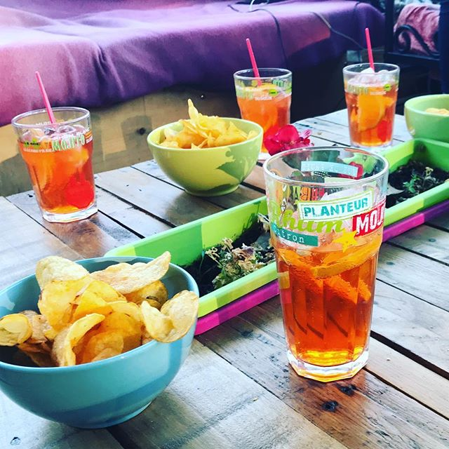Aperol Spritz - summer is just around the corner 😉🍹cheers! #aperolspritz #summer #aroundthecorner
