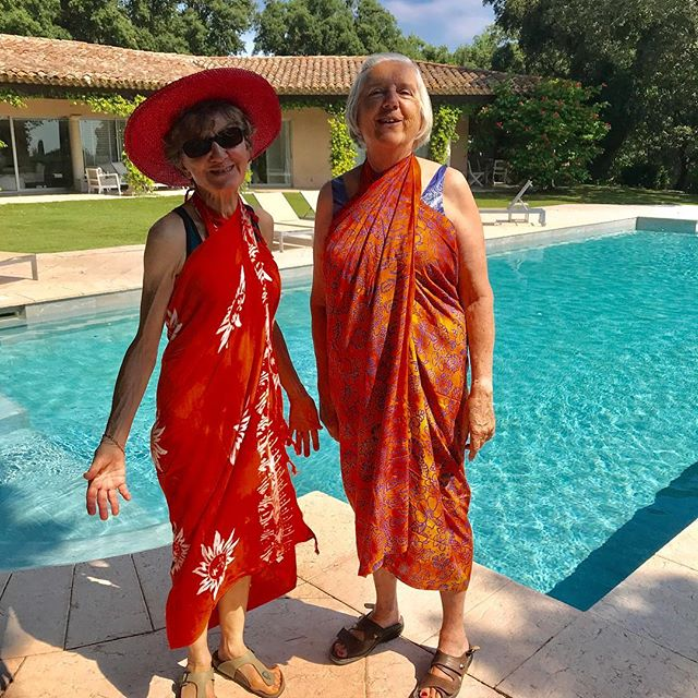 My mum (with the hat) and my godmother both in their late 70s and friends for close to 60 years enjoying life to the fullest and young at heart. I feel really lucky to have such role models 👍💜😀 #mum #godmother #enjoylife #youngatheart #lucky #rolemodel